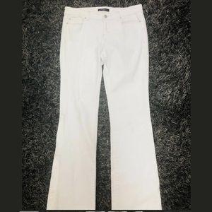 Ann Taylor Modern Boot Cut White Denim Jeans sz 8